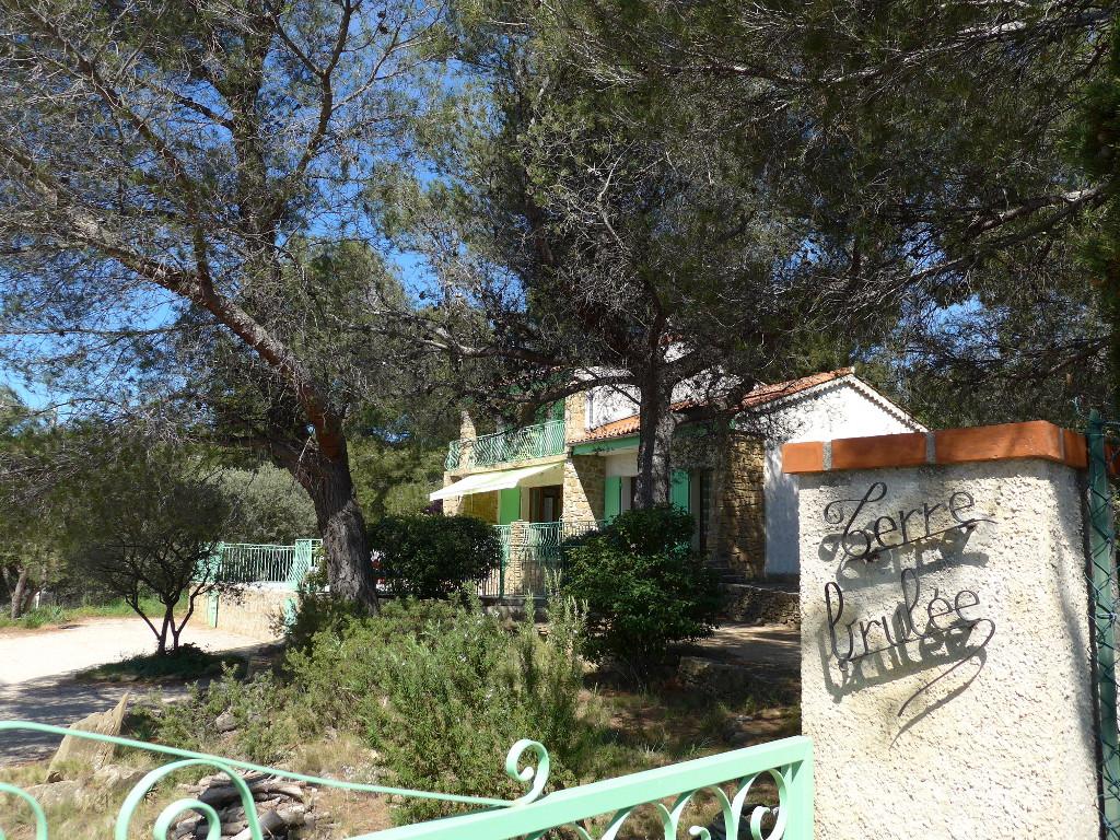Location d'une villa sur la Côte d'Azur à Ceyreste La Ciotat avec piscine
