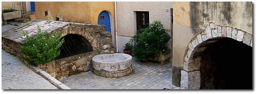 La fontaine romaine de Ceyreste